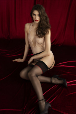 Pończochy Model Sensual Amante 20 den Black/Red - Fiore